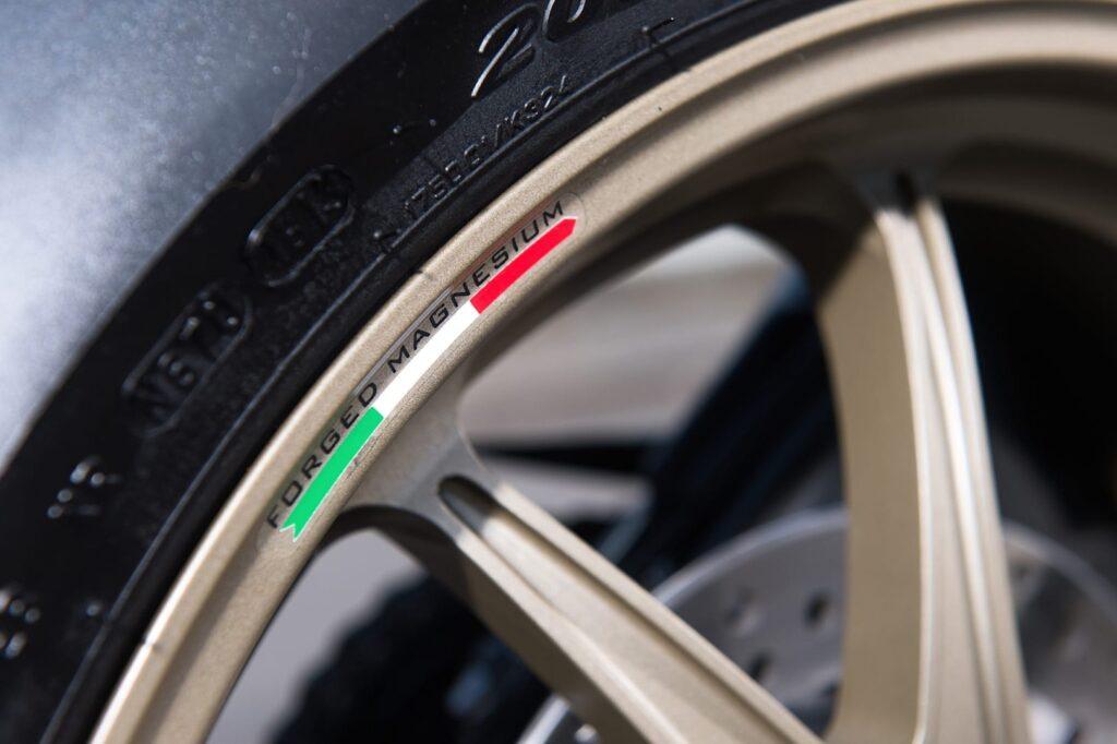 Ducati_1199_Superleggera_web_19
