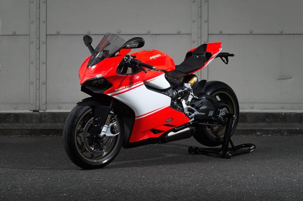 Ducati_1199_Superleggera_web_2