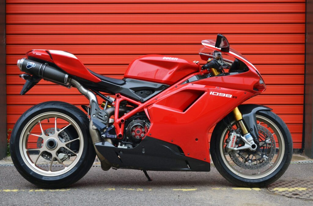 Ducati_1098R_web_3