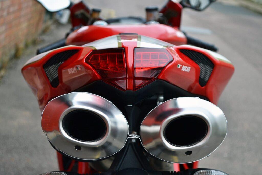 Ducati_1098R_web_6